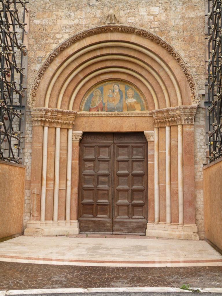 サンタ・マリア・コッレマッジョの扉3
