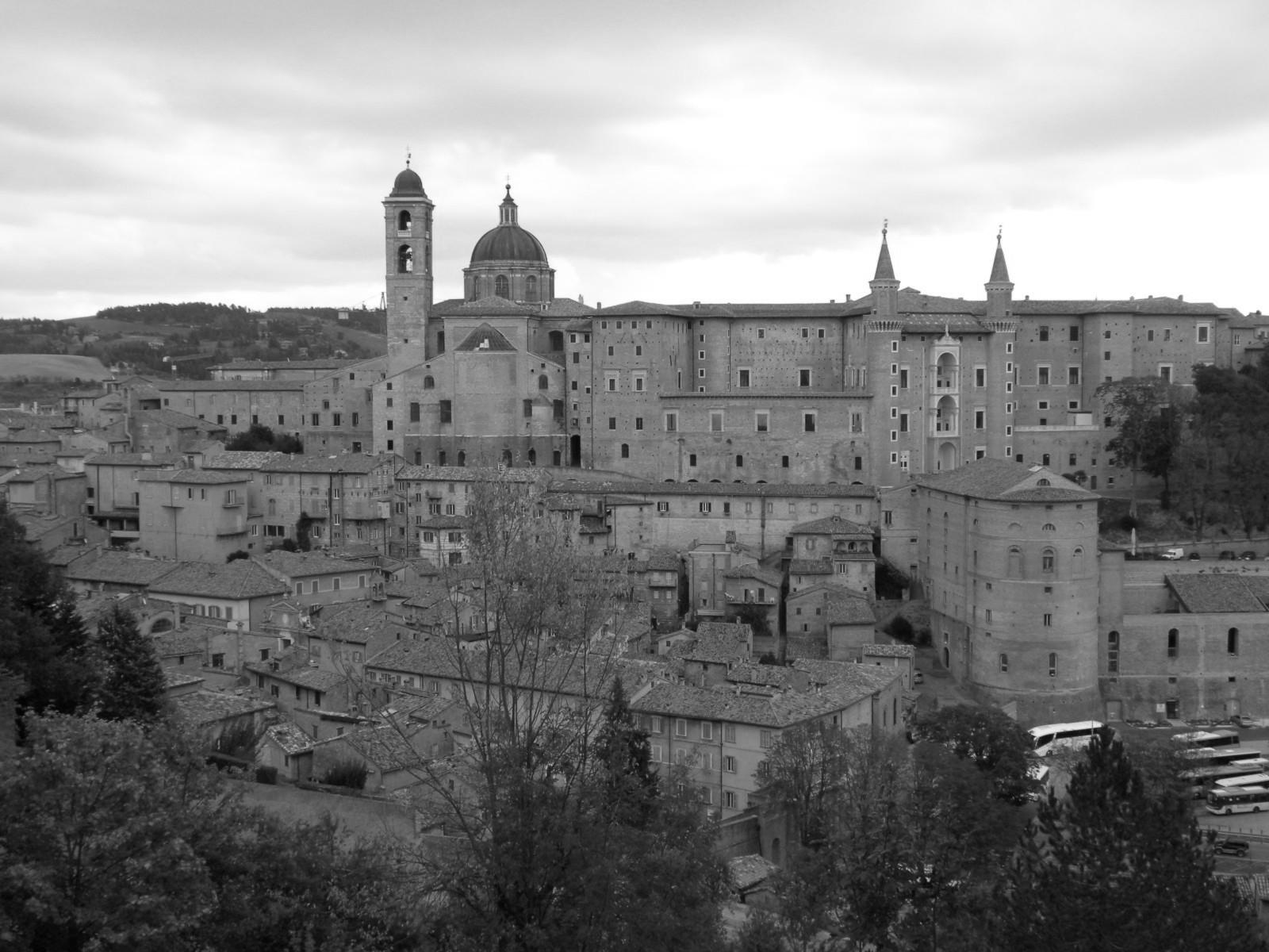 Urbino02_mono